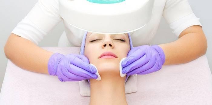 Як позбутися від підшкірних прищів на обличчі: лікування