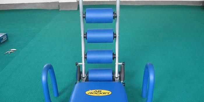 Тренажер для спини і попереку для зміцнення або розтяжки м'язів - види і опис моделей з цінами