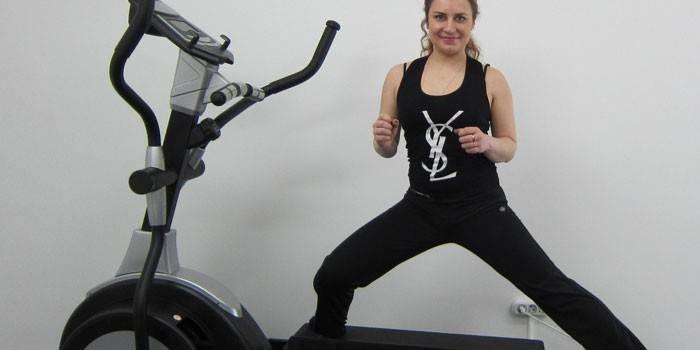 Тренажер-еліпсоїд для дому: рейтинг кращих для схуднення