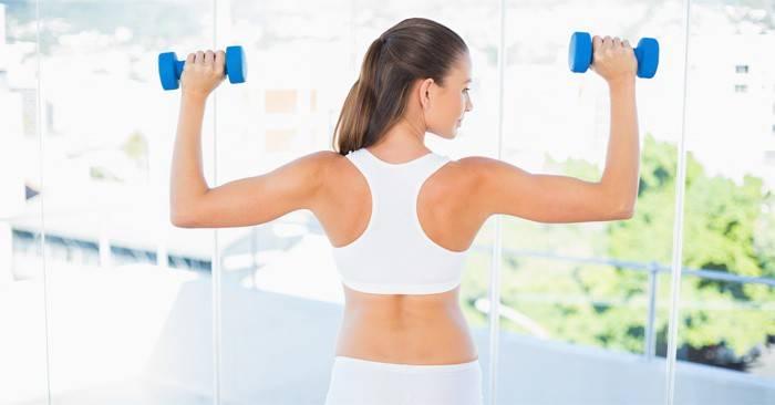 Вправи на спину в тренажерному залі-комплекс для зміцнення хребта