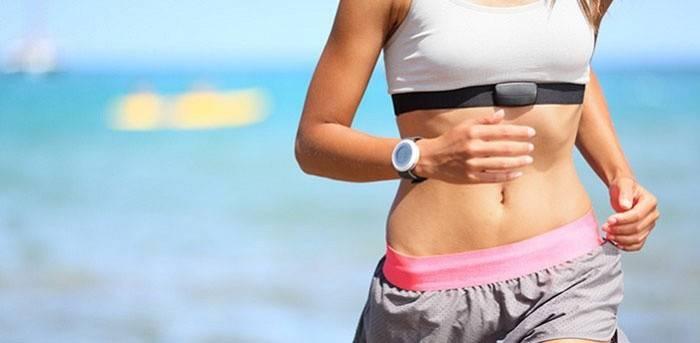 Як правильно бігати, щоб схуднути в животі і ногах, коли краще проводити тренування і як дихати, відео