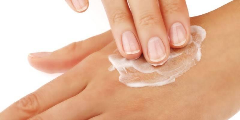 Крем для рук з сечовиною - склад, користь і шкоду, застосування, протипоказання