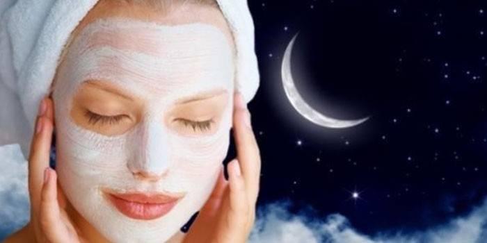Нічна маска для обличчя в домашніх умовах - огляд кращих