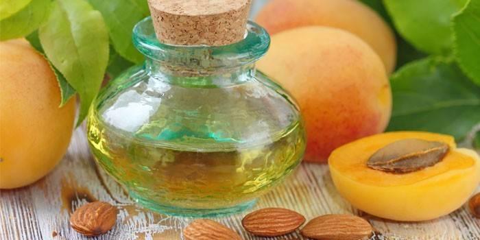 Абрикосове масло для особи - правила використання в домашніх умовах