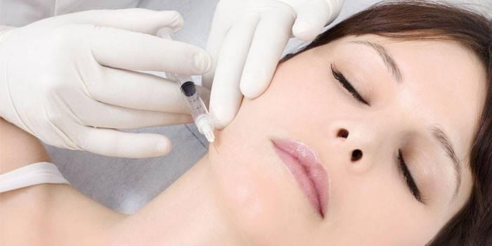 Як швидко прибрати роздратування на обличчі - косметологічні процедури