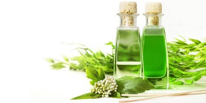 Ефірне масло для особи - корисні властивості і правильне використання