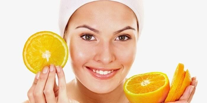 Фруктовий пілінг для обличчя в домашніх умовах, ціни на процедуру в салоні