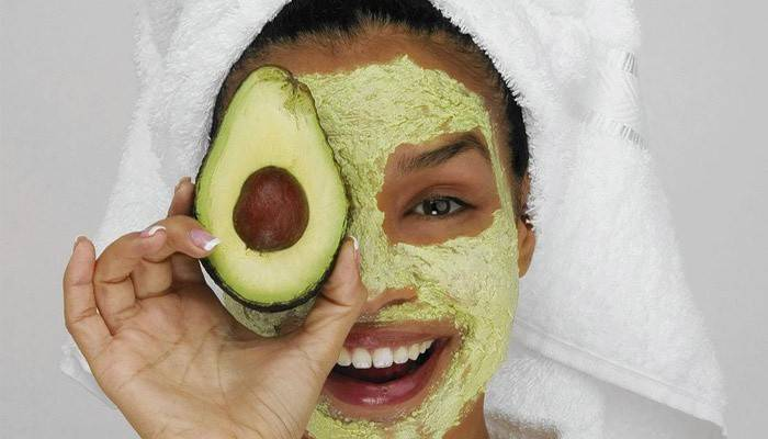 Маска з авокадо для обличчя від зморшок: простий рецепт приготування