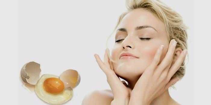 Маска для обличчя з білка яйця і меду: ліфтинг і від чорних крапок