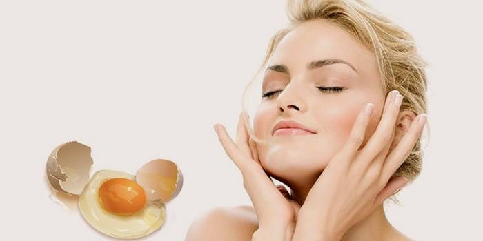 Маска для обличчя з яйцем білки і жовтки від зморшок і чорних крапок