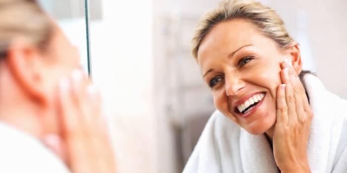 Вітамін Е для особи: користь для шкіри