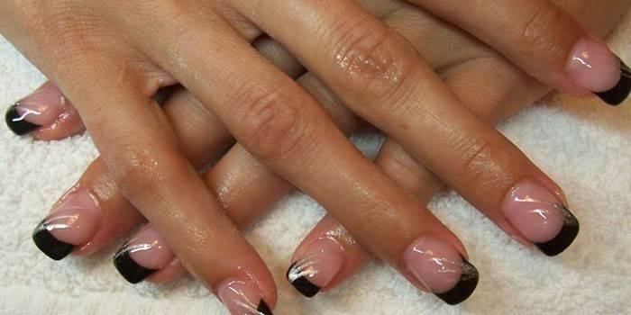 Френч на нігтях - ідеї дизайну французького манікюру
