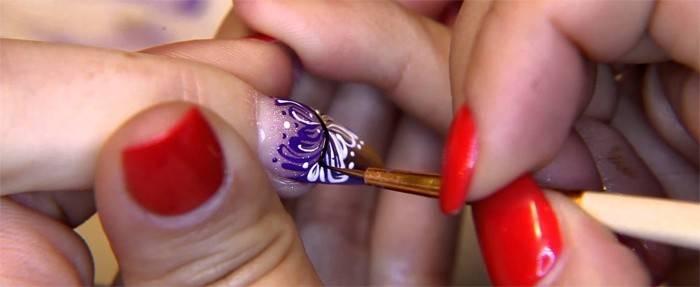 Вензелі на нігтях - покрокові відео і фото для початківців