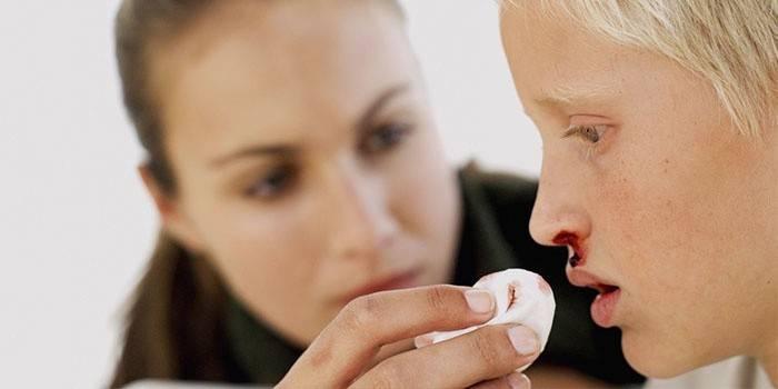 Погана згортання крові - що робити, причини й лікування, відео