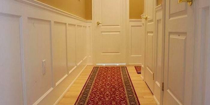 Чим обробити стіни у коридорі - варіанти дизайнерських оформлень, фото, ціни