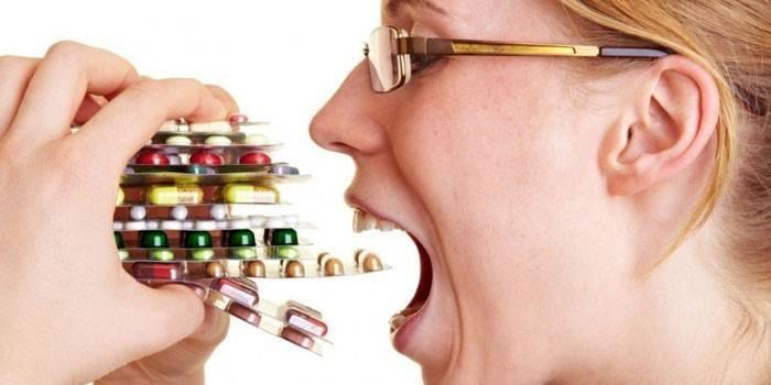 Біль при панкреатиті: чим зняти в домашніх умовах і в стаціонарі