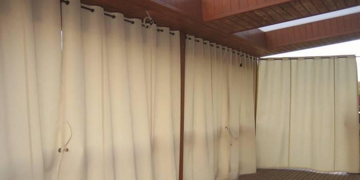 Штори для веранд та альтанок - відмінне рішення для дачі, заміського ділянки або тераси