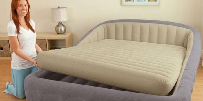Надувне ліжко для дорослих або дітей з насосом - як вибрати кращу модель