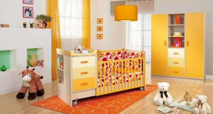 Дитяче ліжечко з маятником поздовжнім і поперечним: як вибрати і зібрати