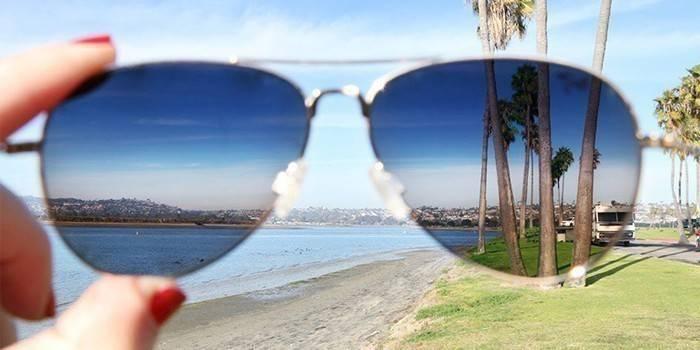Поляризаційні окуляри для водіїв чи рибалок - як перевірити лінзи і рейтинг кращих моделей з цінами