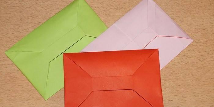 Як зробити конверт з паперу A4: простий спосіб піднести подарунок в красивій і оригінальній упаковці