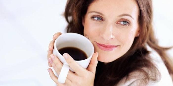 Чи можна вагітним кави на ранніх або пізніх термінах