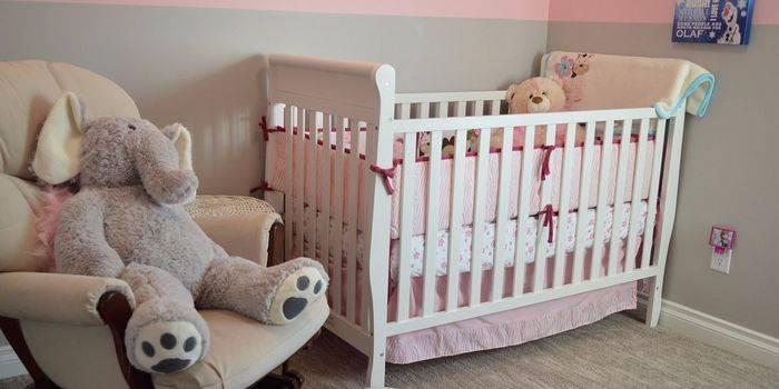 Який вибрати матрац в ліжечко для новонародженого: що краще для малюка, відгуки