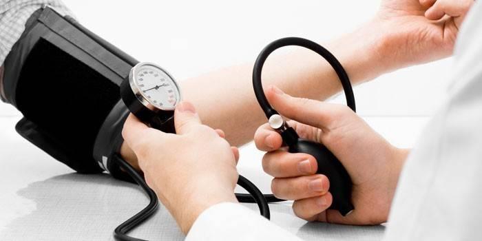 Профілактика гіпертонічної хвороби - здоровий спосіб життя, фізичні навантаження і правильне харчування