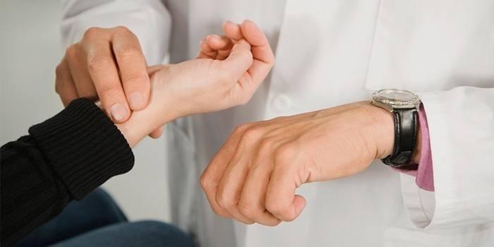 Як знизити пульс в домашніх умовах препаратами і народними засобами