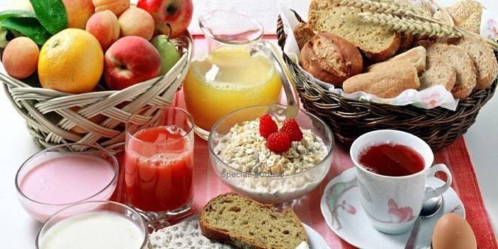 Що можна їсти при подагрі - дієта при загостренні захворювання, дозволені страви і напої
