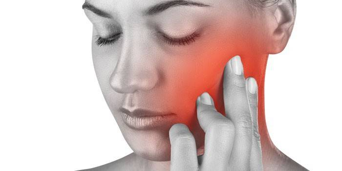 Запалення трійчастого нерва - симптоматика, лікарська терапія і народні засоби