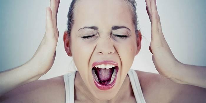 Як зняти стрес і заспокоїти нерви будинку: препарати та методики
