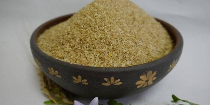 Полба - користь і шкода, приготування страв з борошна