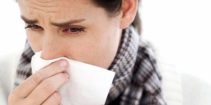 Як підняти імунітет народними засобами дорослому і швидко зміцнити організм в домашніх умовах