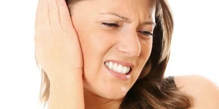 Стріляє у вусі - як лікувати в домашніх умовах медикаментами для дітей і дорослих
