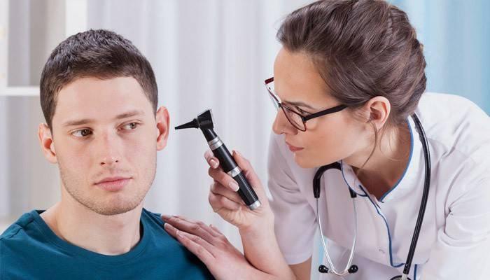 Вушні краплі при закладеності вуха після застуди, отиту і при сірчаних пробках