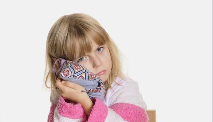 Компрес на вухо дитині: як зробити спиртової зігріваючий і камфорний