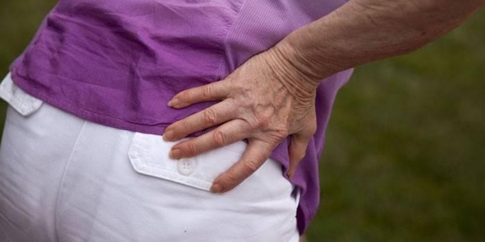 Деформуючий артроз кульшового суглоба - діагностика та лікування медикаментами, масажем і дієтою
