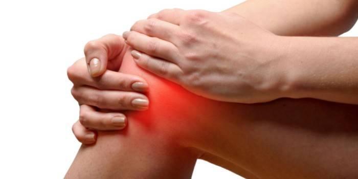 Запалення суглобів - причини і діагностика, препарати, народні засоби та фізіотерапевтичні процедури при захворюванні