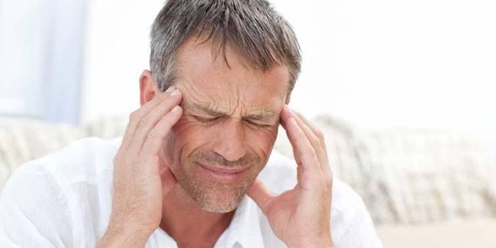 Викривлення перегородки носа: симптоми та види патології, діагностика і лікування