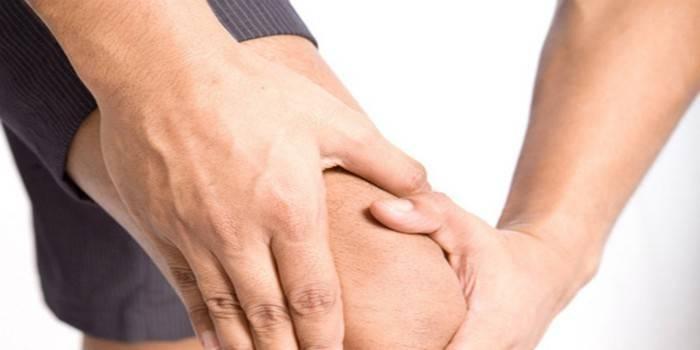 Хрускіт в колінах при згинанні або розгинанні суглоба