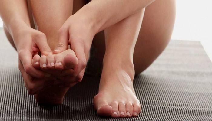 Шпора на ступні: причини появи та лікування в домашніх умовах