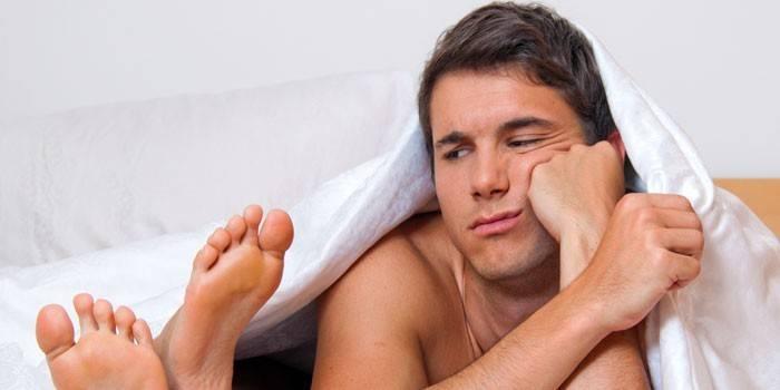 Пропадає ерекція під час сексу - як лікувати медикаментами і вправами, поради психологів і дієта