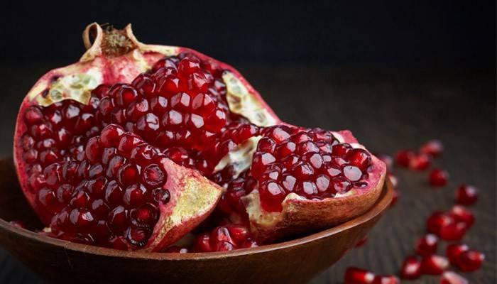 Гранат при цукровому діабеті 2 типу: чи можна їсти, користь і шкоду фрукта