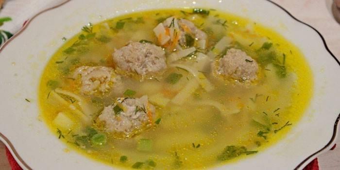 Суп з фрикадельками і вермішеллю - приготування в домашніх умовах
