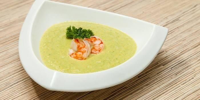 Суп-пюре - як швидко і смачно зварити дієтичний, на м'ясному або грибному бульйоні з відео