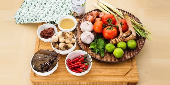 Суп Том-ям: рецепти з куркою, морепродуктів, кокосовим молоком і лемонграс