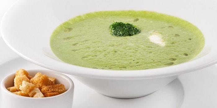 Суп з брокколі: приготування з фото