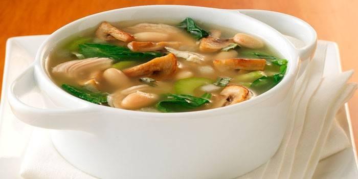 Суп з білими грибами покроково з фото