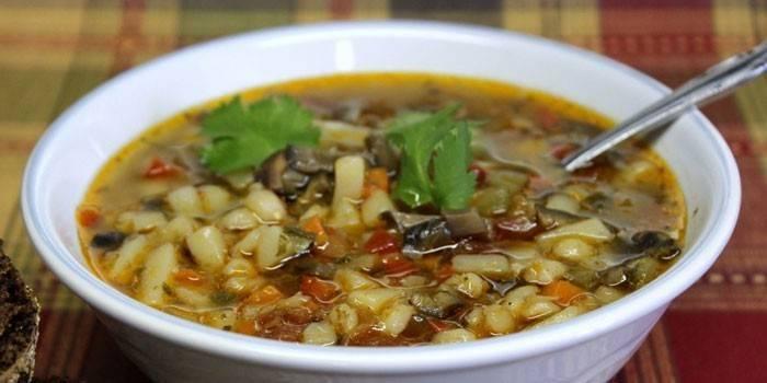 Суп розсольник: як приготувати